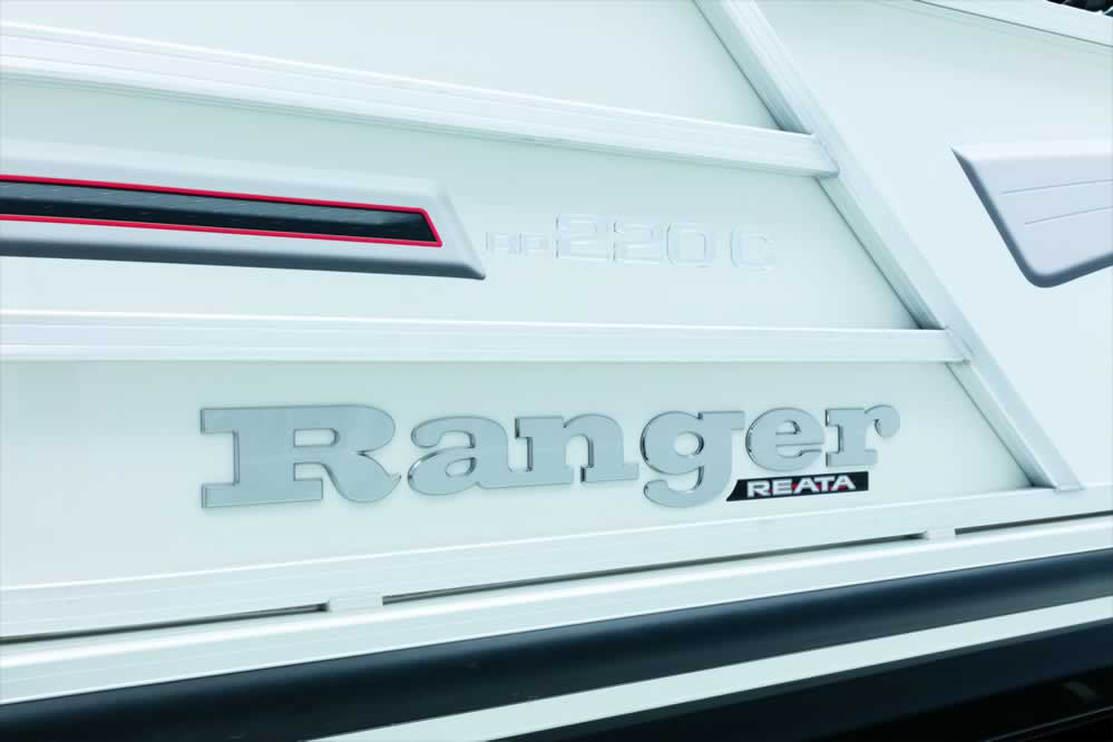 Ranger Reata RP220C Cruise Pontoon