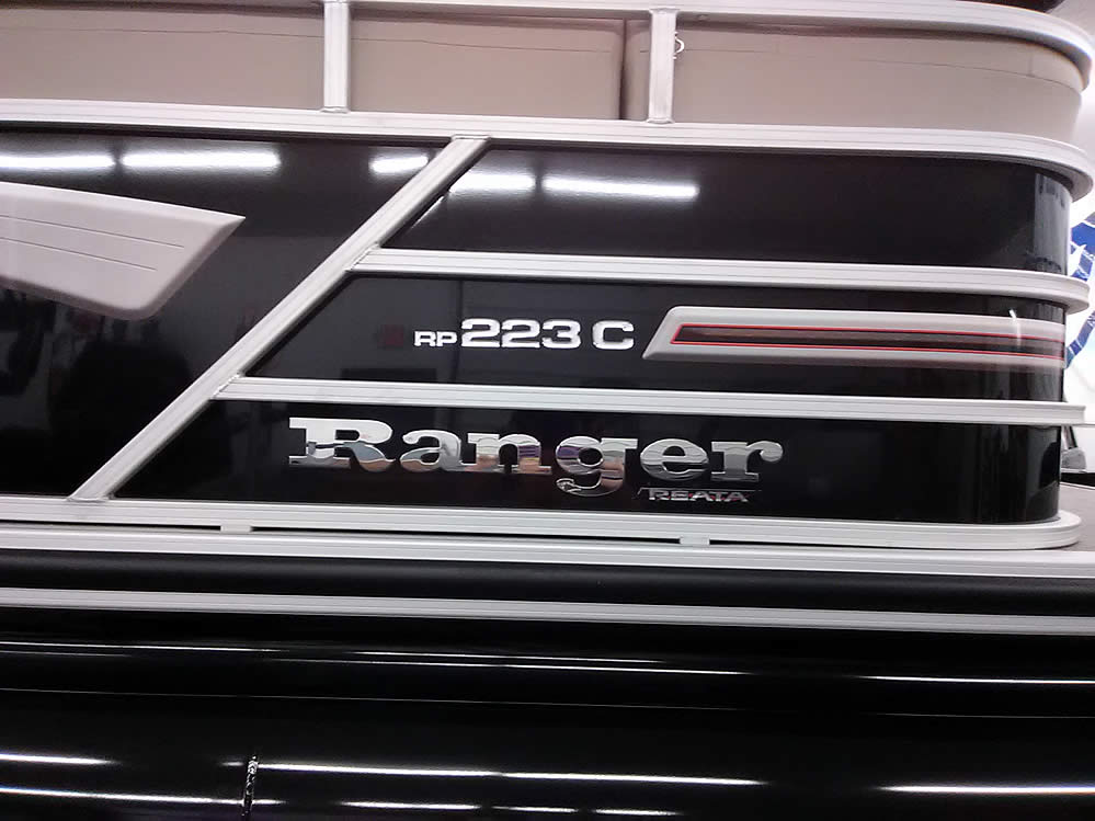 Ranger RP223C Cruise Pontoon - Blackout